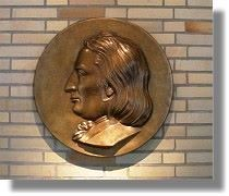 Johann Peter Eckermann, Bronzerelief 2008